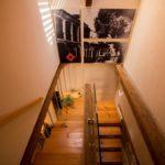 escaleras cuadros foto