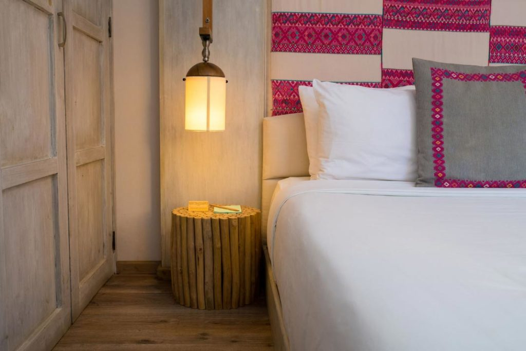 habitacion ipil detalle textil lampara