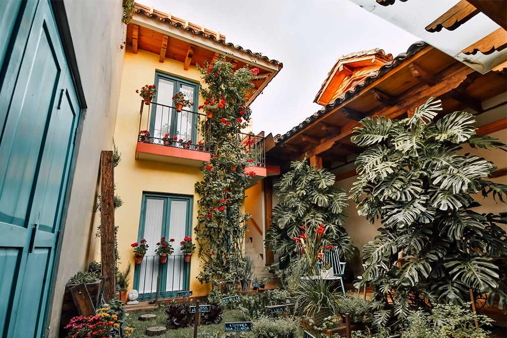 hotel sustentable casa lum vista huerto